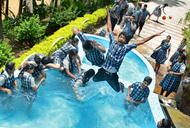 Day Outing Packages for school Students